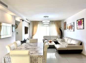 Mini penthouse for sale in Netanya on HaAri street