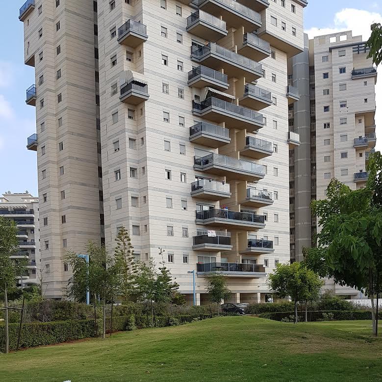 Mansion Grove Apartments: Apartment In Netanya On Cohen Maguri Haim Street • Real